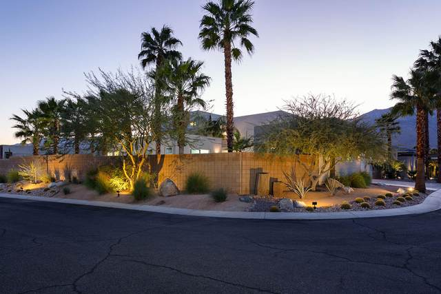 4334 Vantage Lane, Palm Springs, CA 92262 (MLS #219053339) :: The Sandi Phillips Team