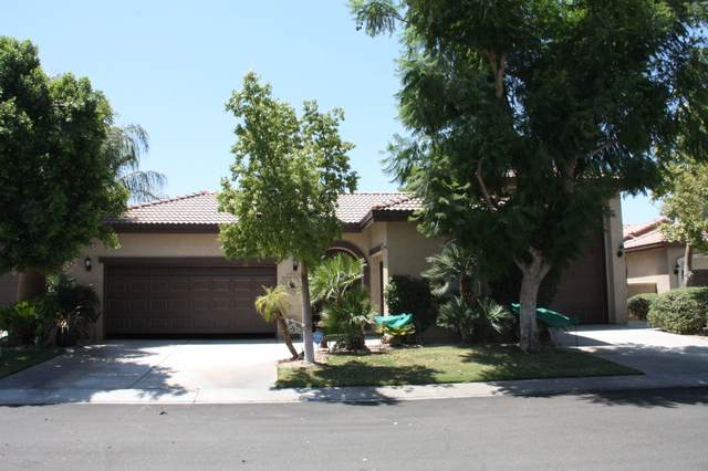 49771 Newman Circle, Indio, CA 92201 (MLS #219053366) :: The Jelmberg Team