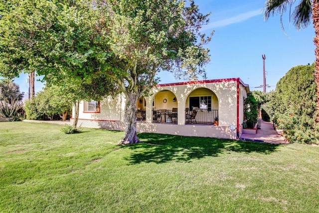 33020 Barcelona Drive, Thousand Palms, CA 92276 (MLS #219053461) :: The Jelmberg Team