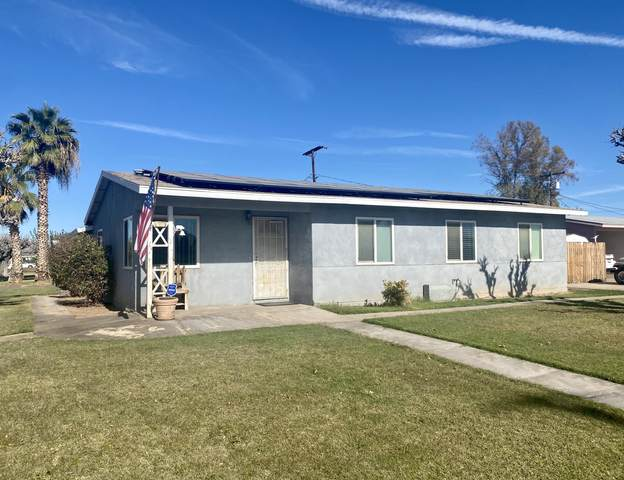 1021 E Chanslor Way, Blythe, CA 92225 (MLS #219053577) :: Zwemmer Realty Group