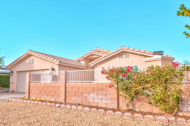 68210 Vega Road, Cathedral City, CA 92234 (MLS #219053644) :: The Sandi Phillips Team