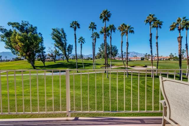 243 W Vista Royale Circle, Palm Desert, CA 92211 (#219054317) :: The Pratt Group