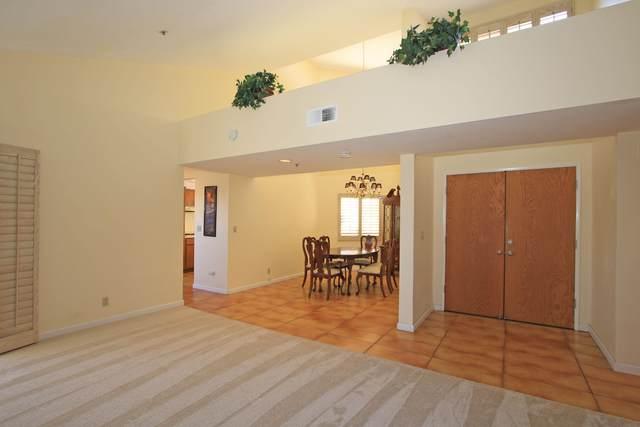 460 E Club Drive, Palm Springs, CA 92262 (#219054892) :: The Pratt Group