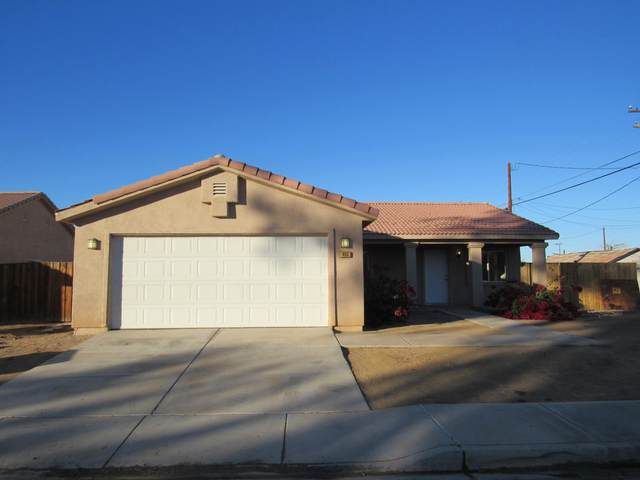455 Rice Street, Blythe, CA 92225 (#219054982) :: The Pratt Group