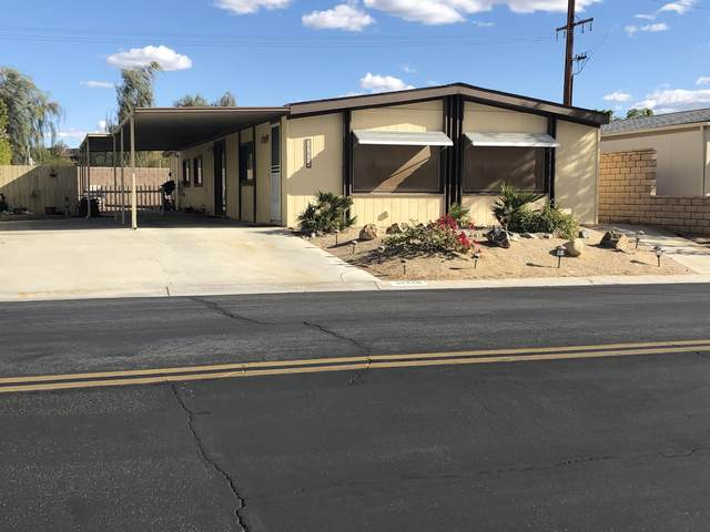 39460 Desert Greens Drive, Palm Desert, CA 92260 (#219055124) :: The Pratt Group