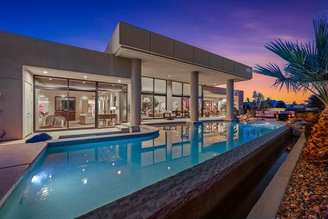 160 Chalaka Place, Palm Desert, CA 92260 (MLS #219055341) :: The Sandi Phillips Team