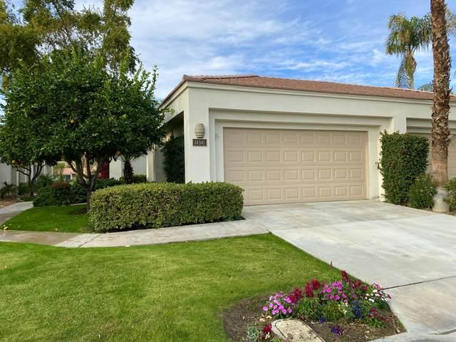54-541 Oakhill, La Quinta, CA 92253 (MLS #219055384) :: The Sandi Phillips Team