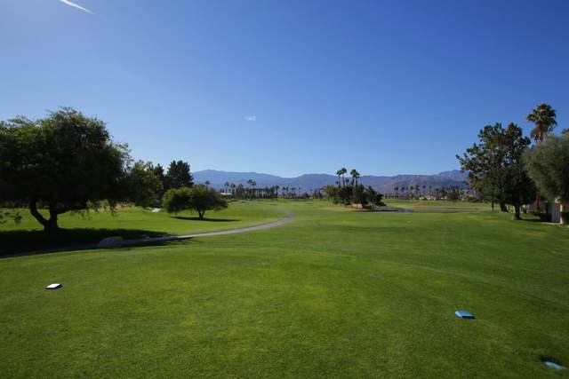 226 Vista Royale Circle, Palm Desert, CA 92211 (MLS #219055687) :: Brad Schmett Real Estate Group