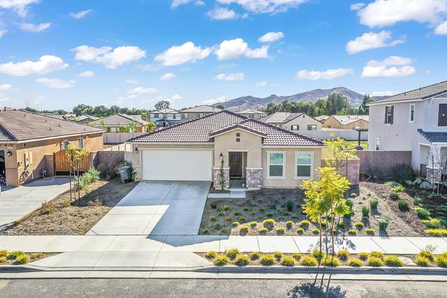 487 Jasmine Way Way, Perris, CA 92570 (MLS #219055799) :: Mark Wise | Bennion Deville Homes