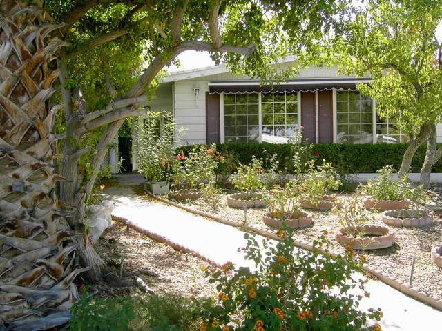 49305 Highway 74 #111, Palm Desert, CA 92260 (MLS #219056151) :: KUD Properties
