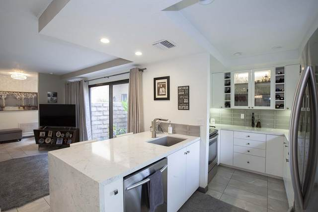 217 S Louella Road, Palm Springs, CA 92262 (MLS #219056179) :: The John Jay Group - Bennion Deville Homes