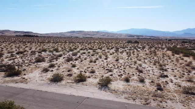 17800 18th Avenue, Desert Hot Springs, CA 92241 (MLS #219056352) :: The Sandi Phillips Team