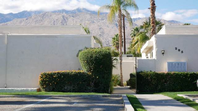 285 S Saturmino Drive, Palm Springs, CA 92262 (#219056896) :: The Pratt Group