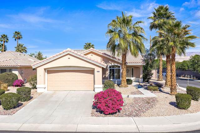 78990 Champagne Lane, Palm Desert, CA 92211 (MLS #219057954) :: KUD Properties