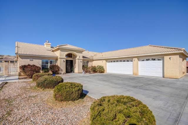 57077 Selecta Avenue, Yucca Valley, CA 92284 (MLS #219058445) :: The Jelmberg Team