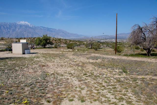 2 Mccarger, Desert Hot Springs, CA 92240 (MLS #219059306) :: Zwemmer Realty Group