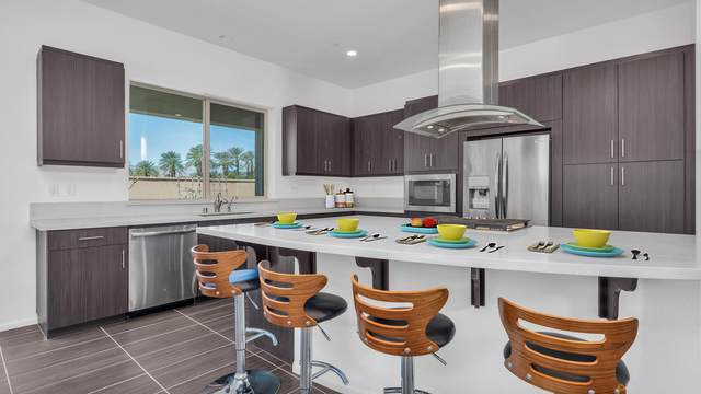 51165 Clubhouse Drive, Indio, CA 92201 (MLS #219060206) :: The Jelmberg Team