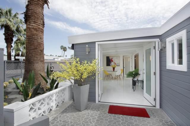 190 Malibu Drive, Palm Springs, CA 92264 (MLS #219060431) :: Brad Schmett Real Estate Group