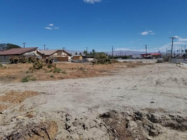 1 Ramon Road, Thousand Palms, CA 92276 (MLS #219060699) :: Brad Schmett Real Estate Group