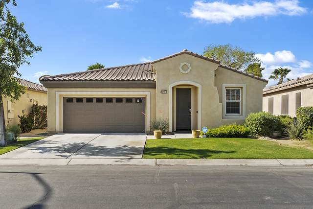 82163 Cochran Drive, Indio, CA 92201 (#219060832) :: The Pratt Group