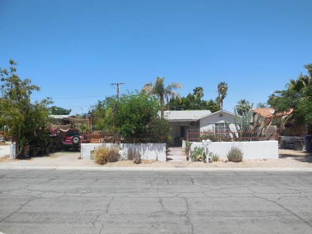 666 E Calle Roca, Palm Springs, CA 92264 (MLS #219061253) :: KUD Properties
