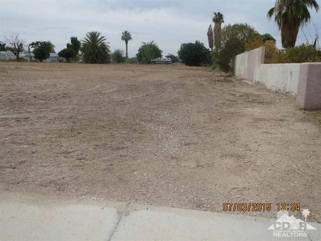 11533 N Broadway, Blythe, CA 92225 (MLS #219061467) :: The Sandi Phillips Team