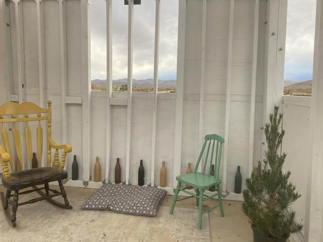 3212 Sunset Road, Joshua Tree, CA 92252 (MLS #219061472) :: Hacienda Agency Inc