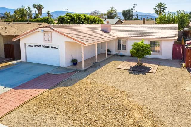 43425 Warner Trail, Palm Desert, CA 92211 (#219061750) :: The Pratt Group