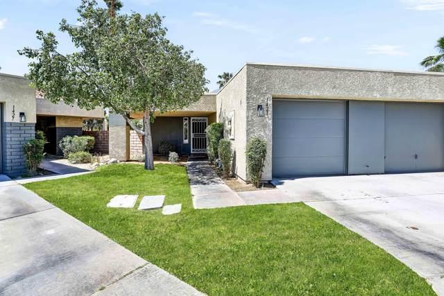 1421 Sunflower Circle, Palm Springs, CA 92262 (#219061751) :: The Pratt Group