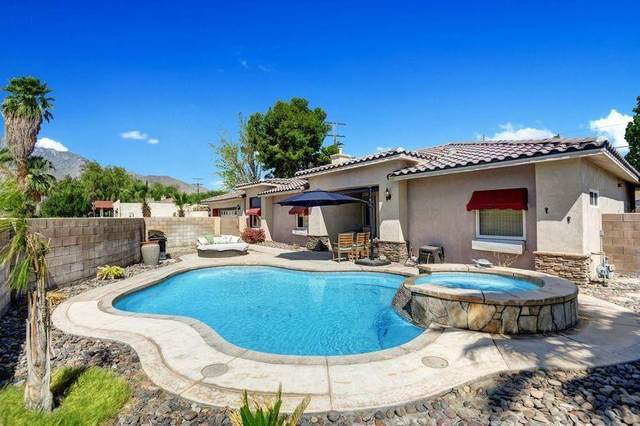 2800 E Vista Chino, Palm Springs, CA 92262 (MLS #219061890) :: Zwemmer Realty Group