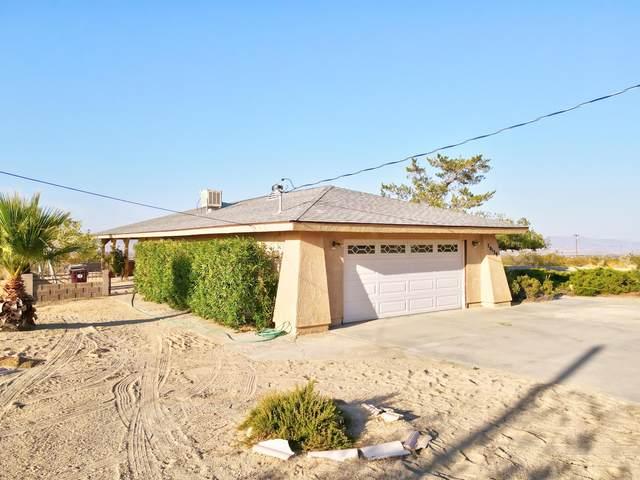 70138 Sullivan Road, 29 Palms, CA 92277 (#219061937) :: The Pratt Group