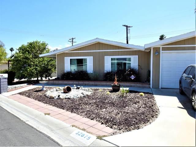32875 St Andrews Drive, Thousand Palms, CA 92276 (#219062480) :: The Pratt Group