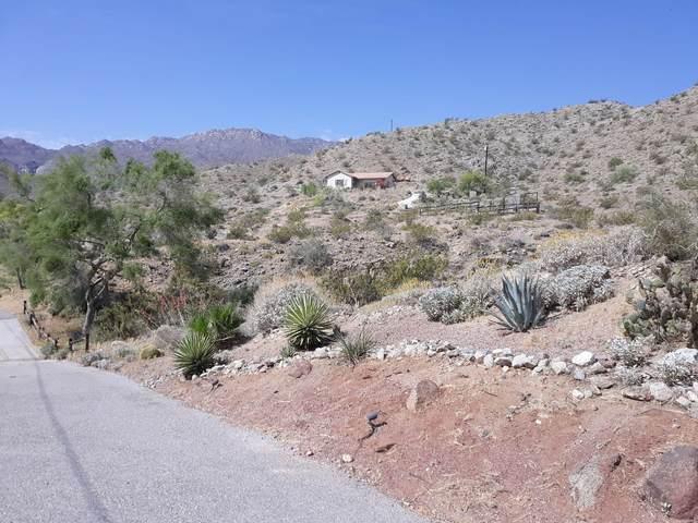 71475 Jaguar Way, Palm Desert, CA 92260 (MLS #219062842) :: KUD Properties