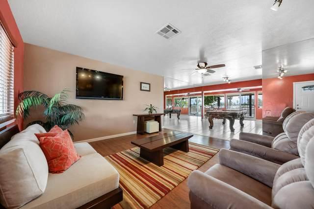 43320 Illinois Avenue, Palm Desert, CA 92211 (MLS #219063966) :: The John Jay Group - Bennion Deville Homes