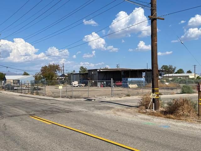 910 W 14th Avenue, Blythe, CA 92225 (MLS #219064012) :: Zwemmer Realty Group