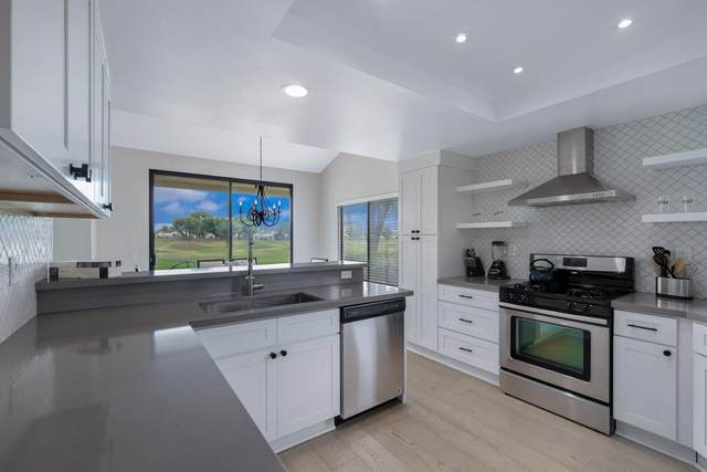 54741 Inverness Way, La Quinta, CA 92253 (MLS #219064514) :: Brad Schmett Real Estate Group