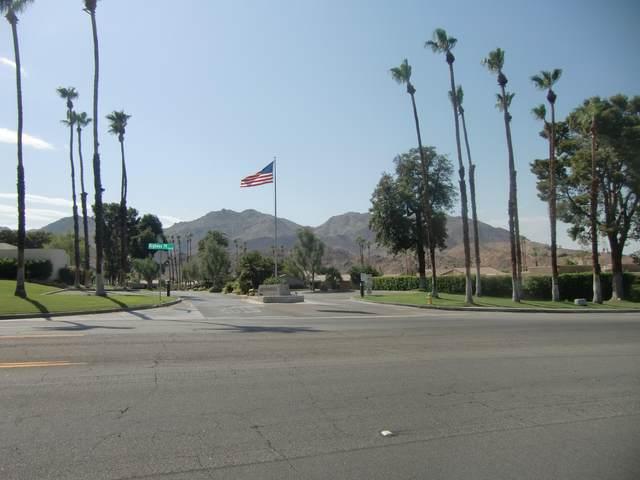 72327 Canyon Lane, Palm Desert, CA 92260 (MLS #219064735) :: Brad Schmett Real Estate Group
