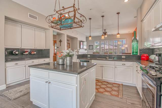 77644 Ashberry Court, Palm Desert, CA 92211 (MLS #219064960) :: Brad Schmett Real Estate Group