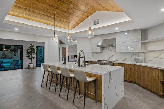 1177 E Sierra Way, Palm Springs, CA 92264 (MLS #219064971) :: Brad Schmett Real Estate Group