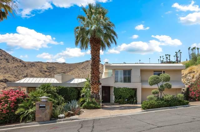 3295 Tiger Tail Lane, Palm Springs, CA 92264 (MLS #219065104) :: The Jelmberg Team