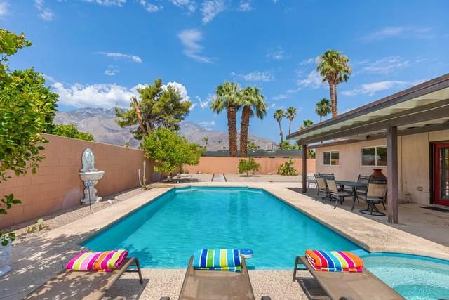 1131 E Pajaro Road, Palm Springs, CA 92262 (MLS #219065140) :: KUD Properties