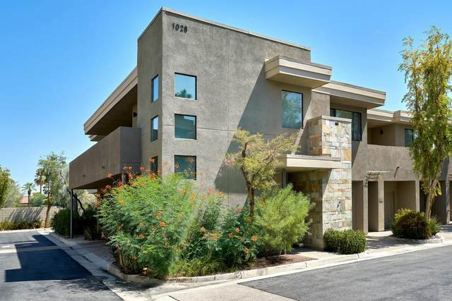 1028 E Palm Canyon Drive, Palm Springs, CA 92264 (MLS #219065434) :: KUD Properties