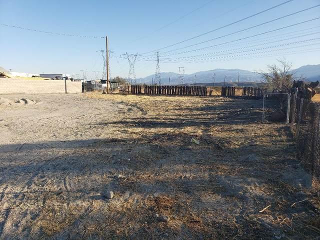 64581 Dillon Road, Desert Hot Springs, CA 92240 (MLS #219065556) :: The Sandi Phillips Team