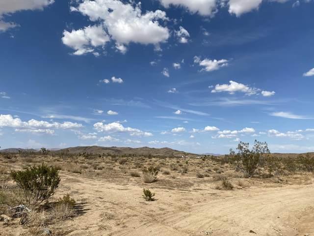 10 Avalon, Yucca Valley, CA 92284 (#219065558) :: The Pratt Group