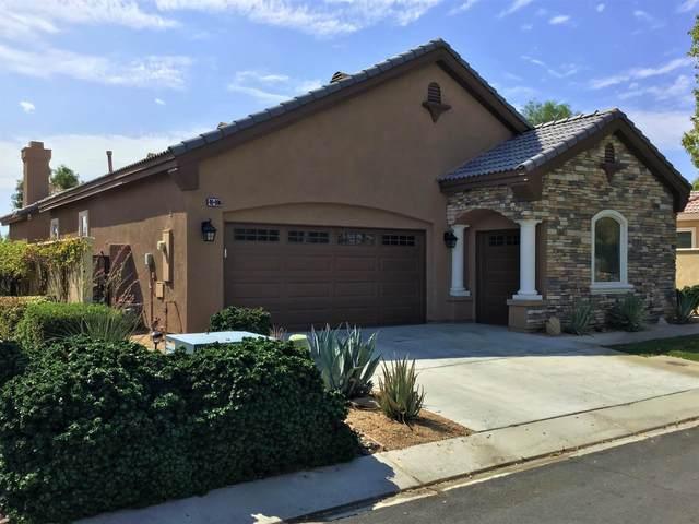 49886 Wayne Street, Indio, CA 92201 (#219066185) :: The Pratt Group