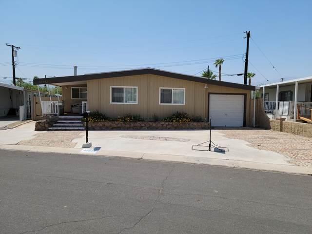 32545 Saint Andrews Drive, Thousand Palms, CA 92276 (MLS #219066967) :: Mark Wise | Bennion Deville Homes