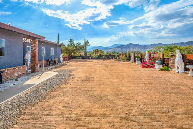 55917 Mountain View Trail, Yucca Valley, CA 92284 (MLS #219067546) :: Zwemmer Realty Group