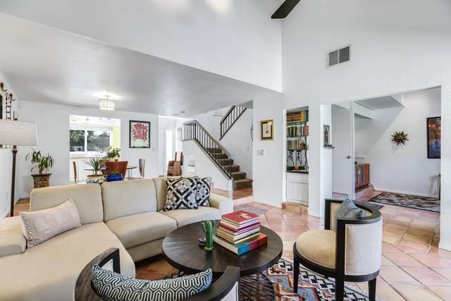 15 Pueblo Vista, Palm Springs, CA 92264 (MLS #219067782) :: Mark Wise | Bennion Deville Homes