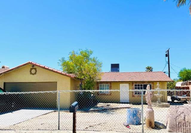 30145 Calle Jessica, Thousand Palms, CA 92276 (MLS #219067927) :: KUD Properties