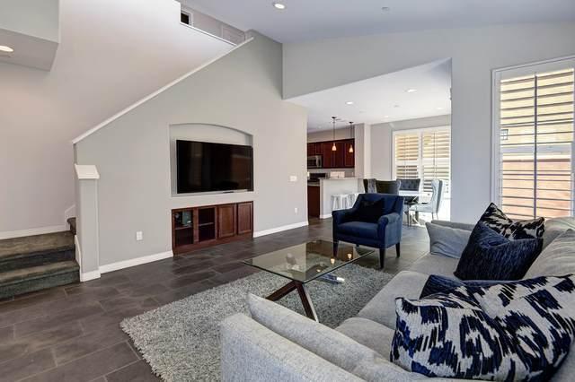 80092 Silver Sage Lane, La Quinta, CA 92253 (#219068029) :: The Pratt Group